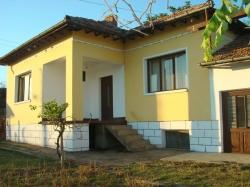 Продава Къща с. Пиперково