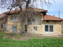 Продава Къща с. Климентово
