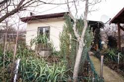 Продава Къща с. Николово