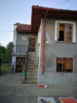 Къща гр. Сеново