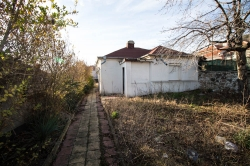 Продава Къща с. Медово
